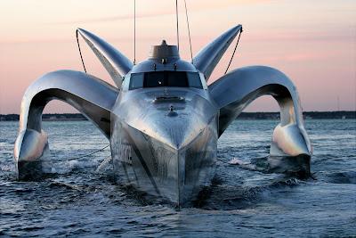 Whale Wars - Earthrace