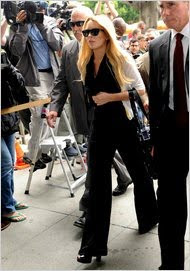 Lindsay Lohan sentenced 90 days in jail
