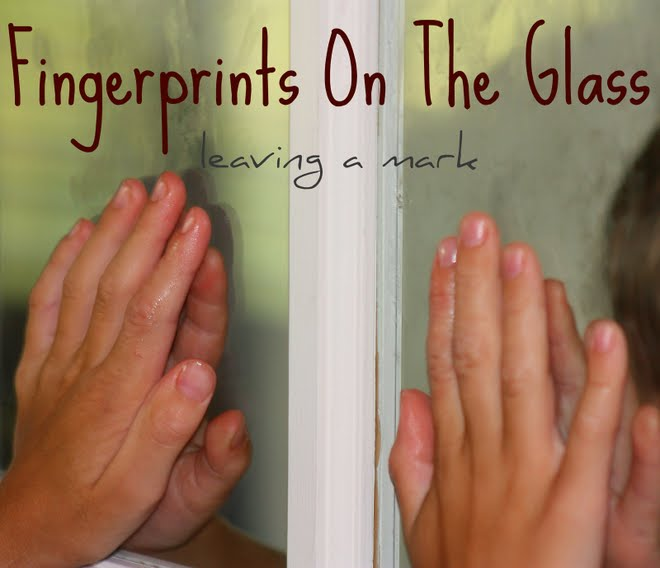 fingerprints on the Glass
