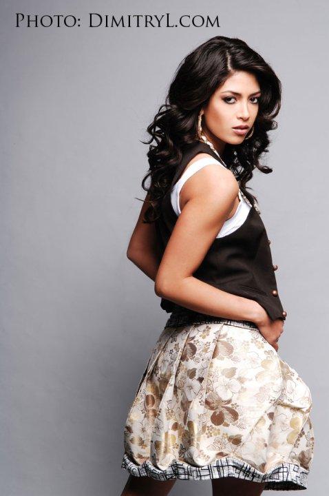 Miss California USA 2010 - Nicole Johnson 26461_1339835108303_1603934045_30852968_6810569_n