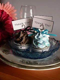 mini cupcakes for favors