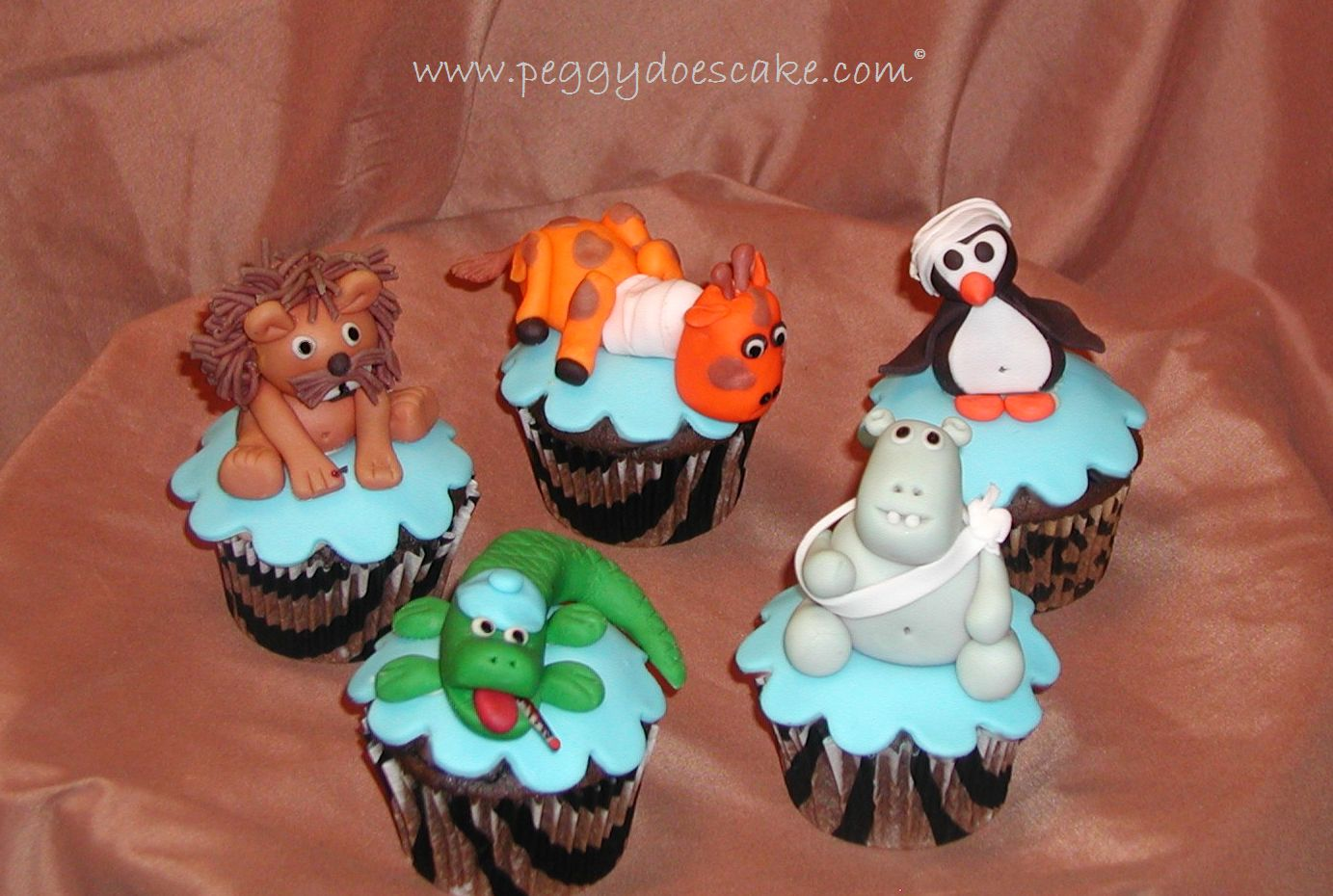 Peggy Does Cake Zoo Vet Cupcakes Click To Enlarge Photos