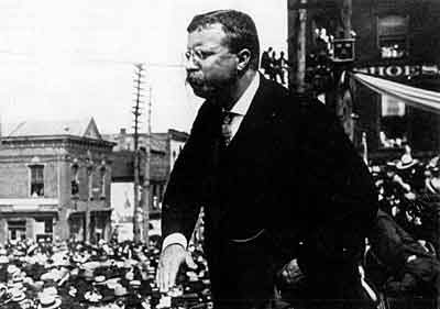foreign policy of rosevelt and wilson With the republican party split, democrat woodrow wilson took the white house, winning 435 electoral votes to roosevelt's 88 (taft received only eight) despite the loss, roosevelt's run marked the most.