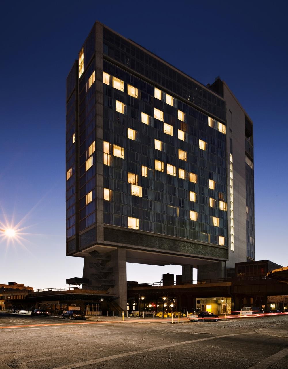 Bbq Rooftop Hotel De Rome Berlin