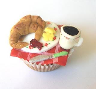 [10-cupcake+(2).JPG]