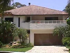 SOLD: Contemporary POR LA MAR home in historic district, 2 blocks to Boca Beach and Ocean