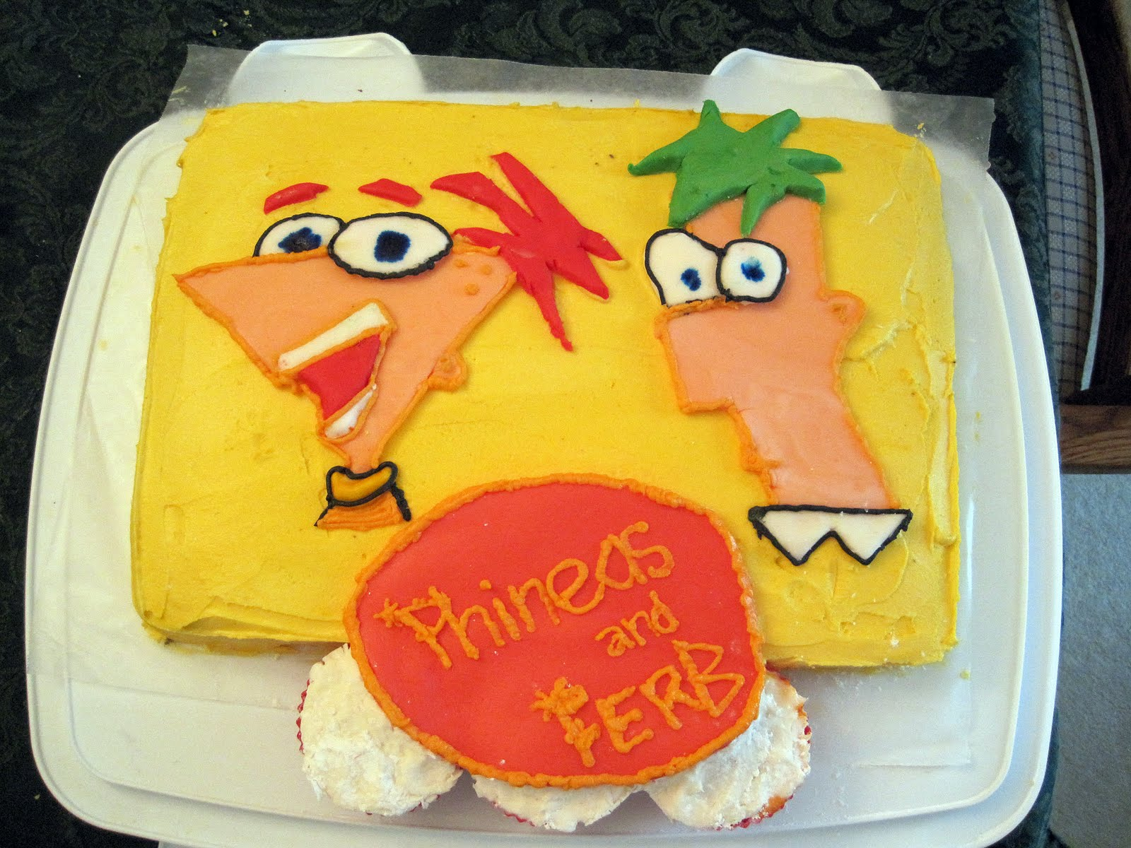 Picture Of Phineas And Ferb Cake From Walmart
