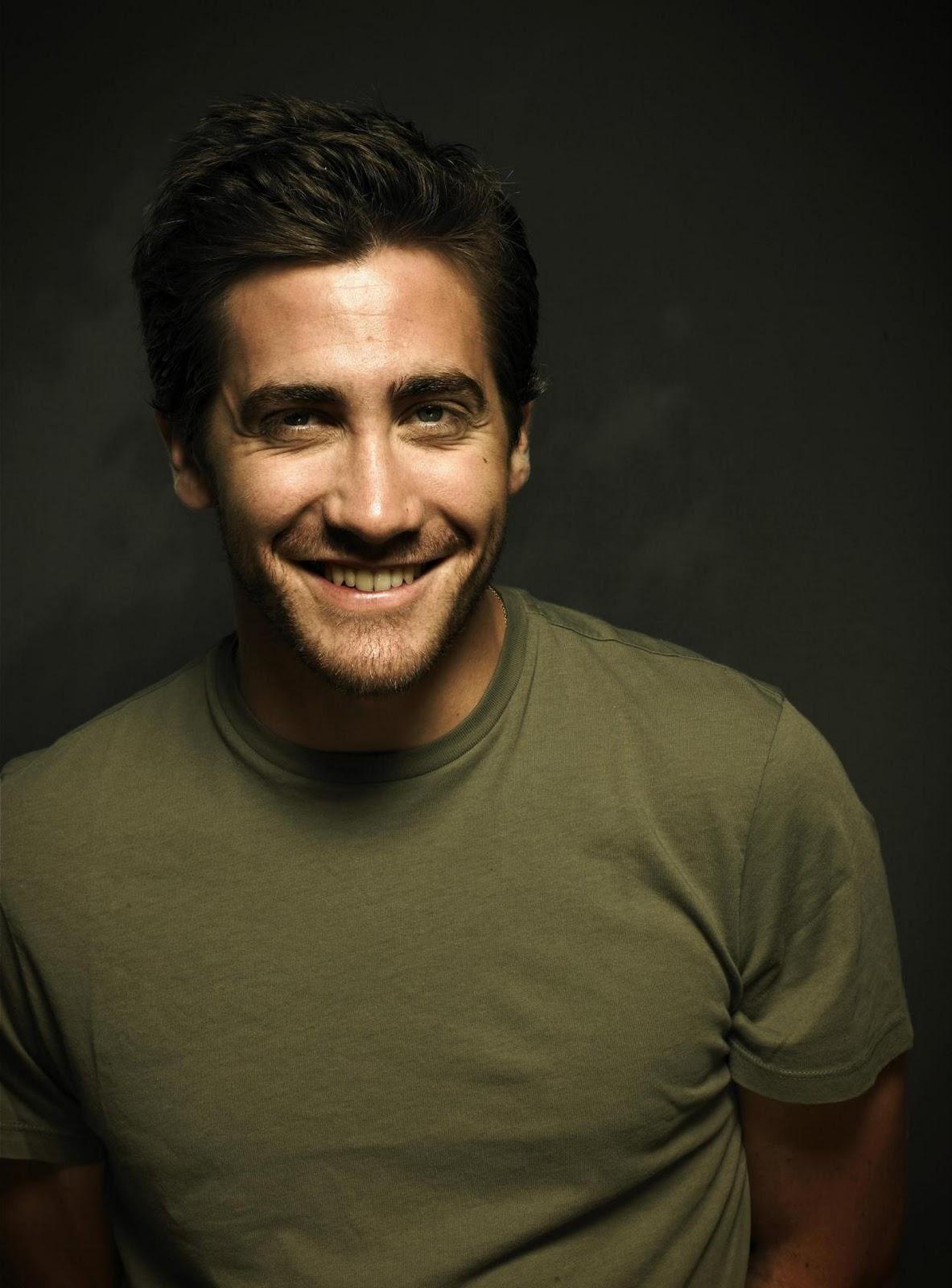 http://1.bp.blogspot.com/_779ASzdHFJU/TSoyGB8_P4I/AAAAAAAAAAQ/vVrgrAR-uTw/s1600/Jake-Gyllenhaal-Actor.jpg