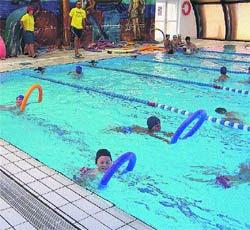 Ampa ermita del santo actividad de natacion for Piscina bebes madrid
