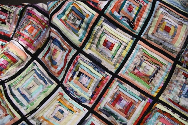 How to make a 3D scrappy quilt square ...