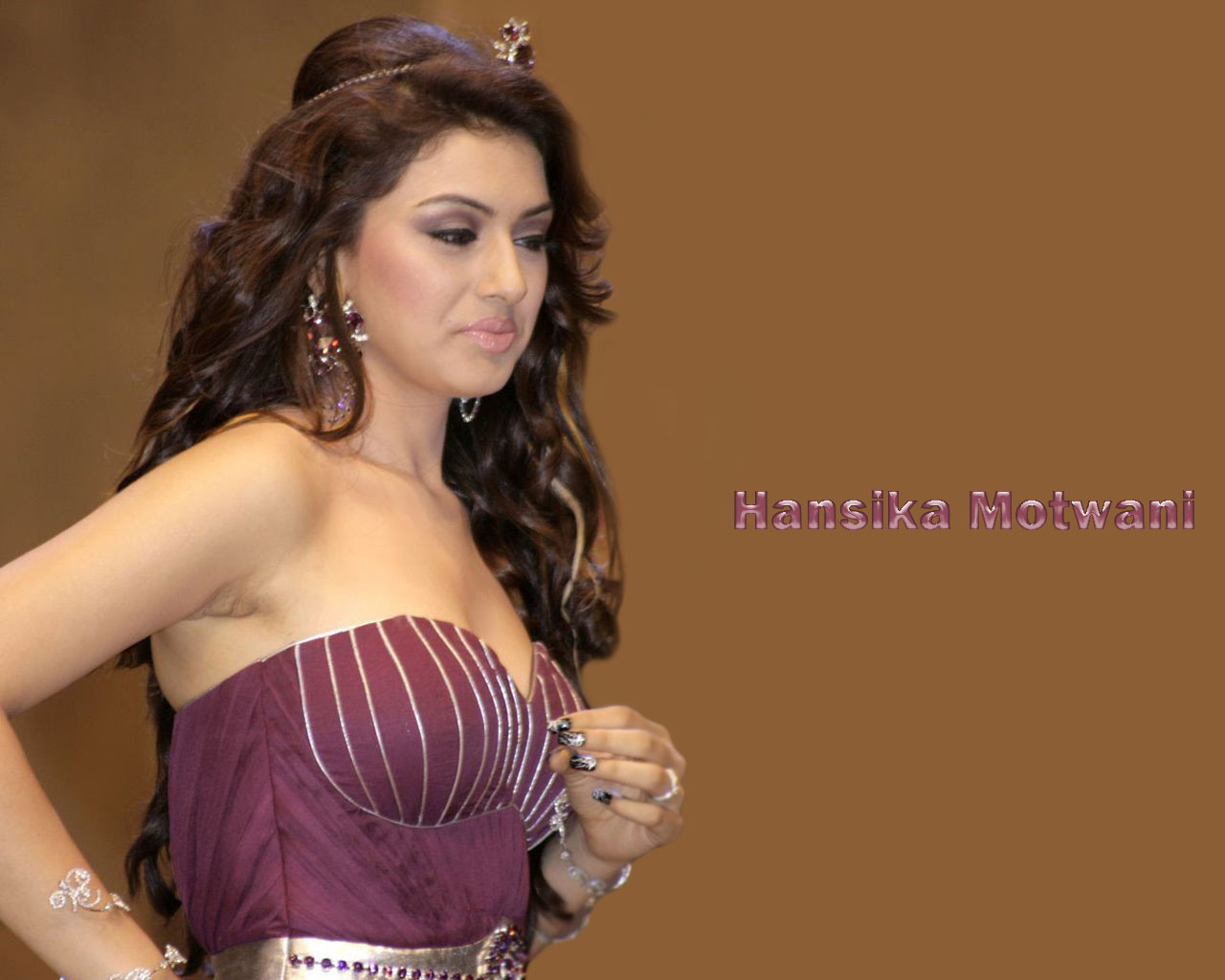hansika motwani ~ bollywood hottees hot wallpapers