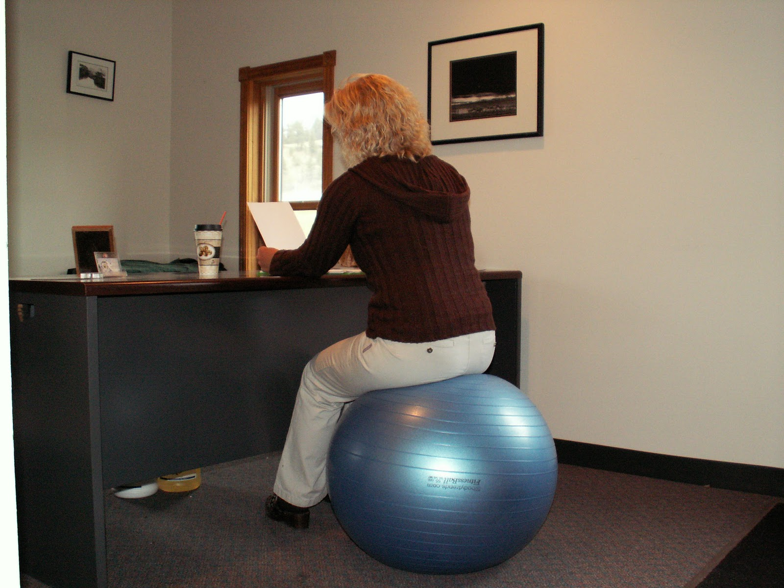 What Size Exercise Ball Do I Need For A Desk
