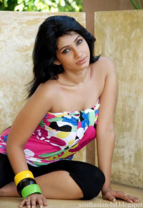 sri lankan models photos. She is a Sri Lankan model and
