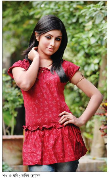 Semono Iku Bangladeshi Model Anika Kabir Shokh New