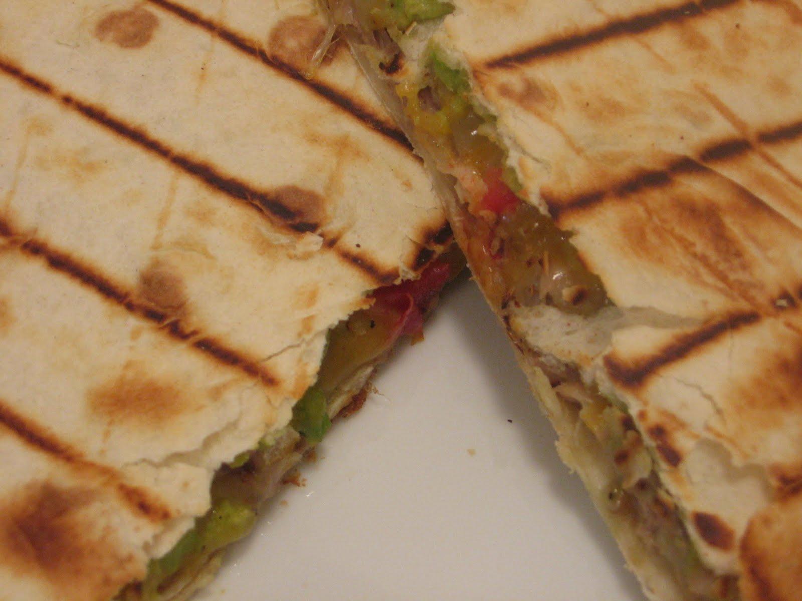Jenn's Food Journey: Pulled Pork Quesadillas