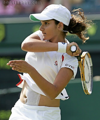 Sania Mirza Shot