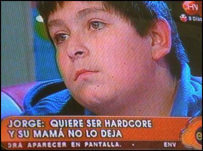 Jorge: quiere ser hardcore y su mamá no lo deja