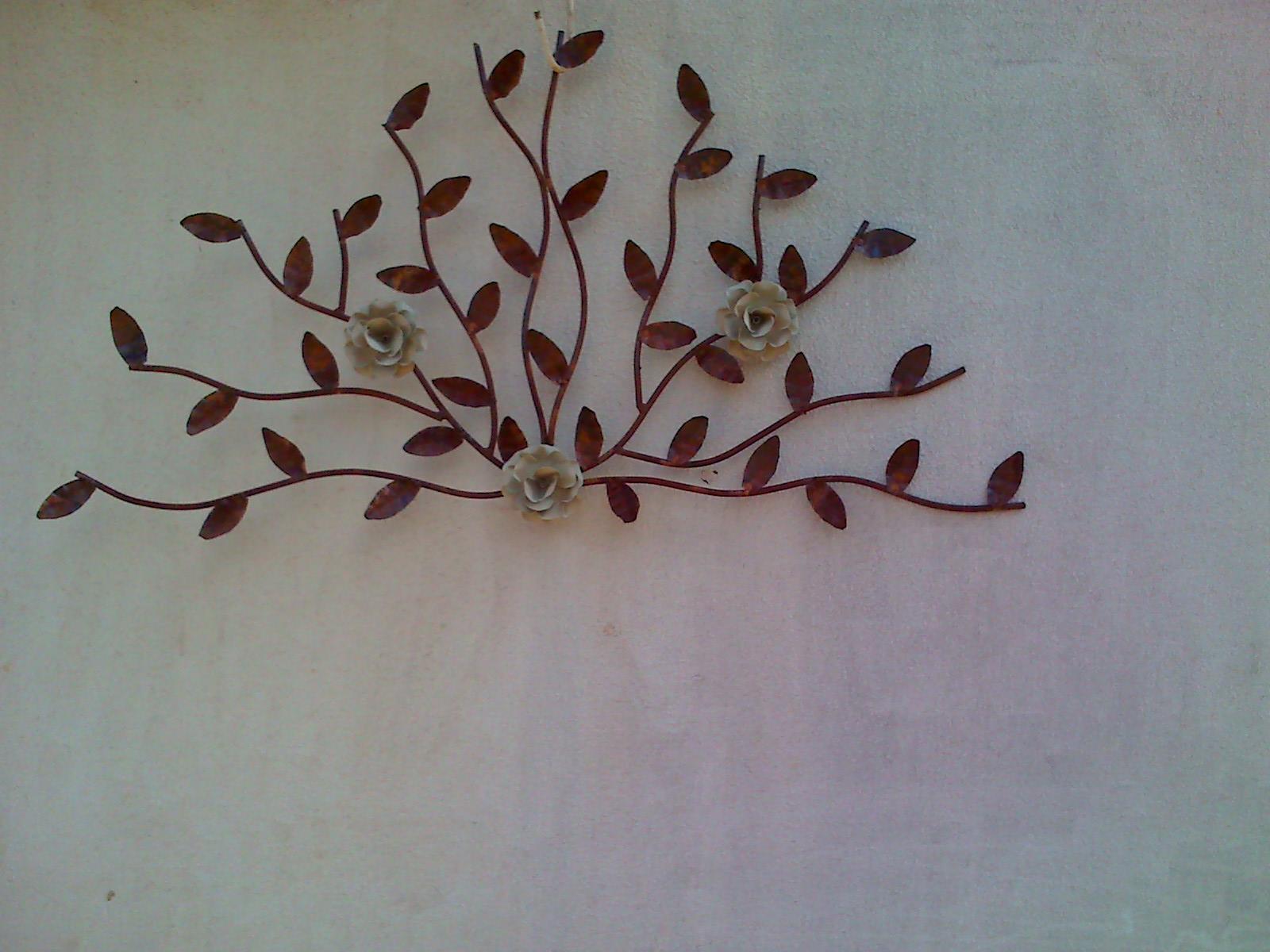 http://1.bp.blogspot.com/_7F8c4zlpDPA/TB0hXiNPliI/AAAAAAAAACk/4n7RVutyxG0/s1600/Ramos+com+rosas+de+parede.jpg