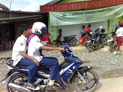 4 Alasan Kenapa Sim Indonesia Bisa Jadi Sim Internasional [ www.BlogApaAja.com ]