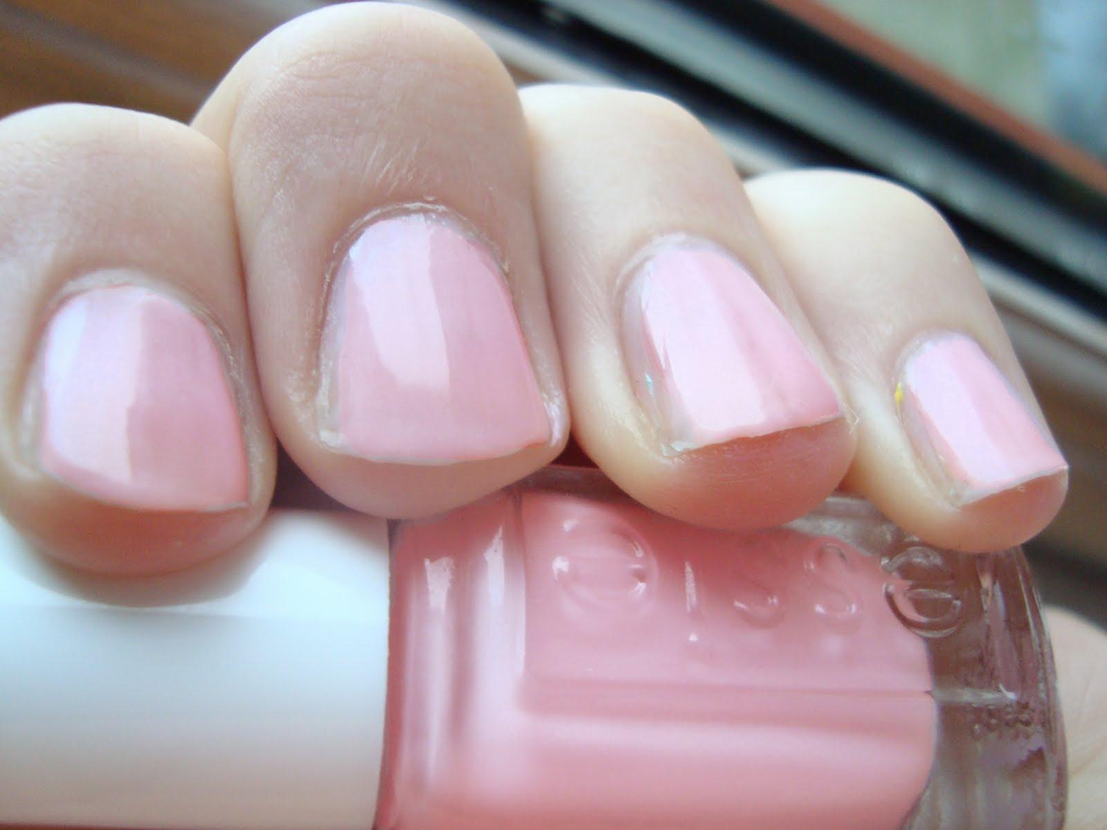 essie neglelak lyserød