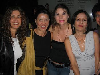 "FLOR ELENA GONZALEZ, FEDRA LÓPEZ, CRISOL CARABAL ACTRICES DE ""CASA EN ORDEN""  TEATRO..."