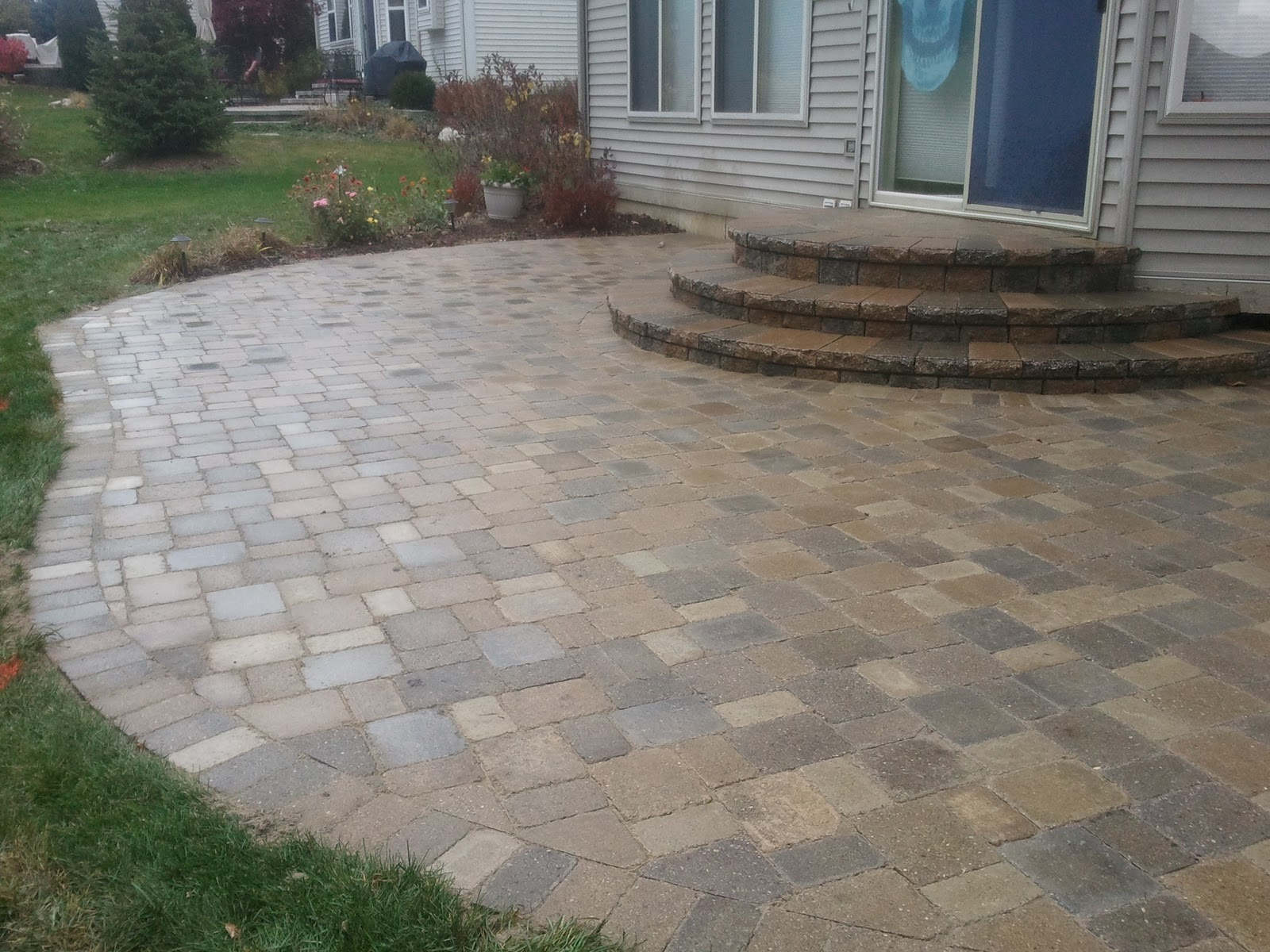 Patio stone pavers patio design ideas for Brick steps design ideas