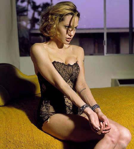 angelina%2Bjolie%2Bshower%2Bwith%2Bnaked%2Bgirl Mature massage parlours