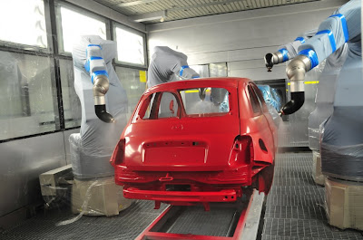 Inside the Fiat 500 factory... :  mini autos chrysler green