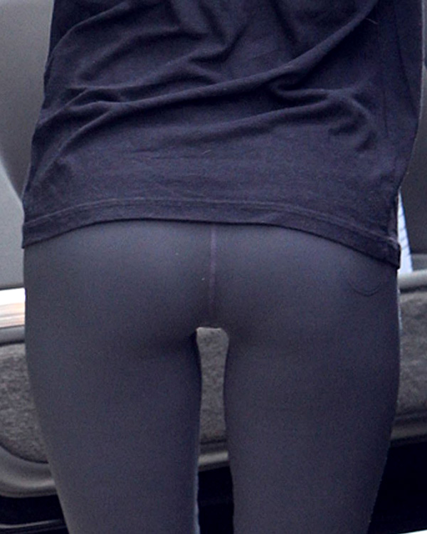 Megan Fox S Ass In Tights Holy Santa Clause Shit S W V G J U I C E