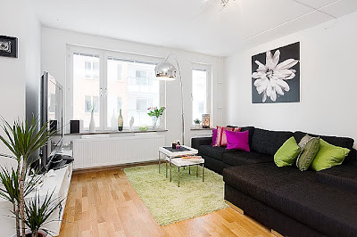 Exceptionnel Luxury White Room Apartment Decoration With Modern Style Can Make Your Room  Looks Elegance And Comfortable. A Comfortable Large Hall Is Filled With  Natural ...