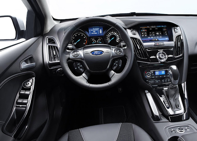 2012 Ford Focus interior