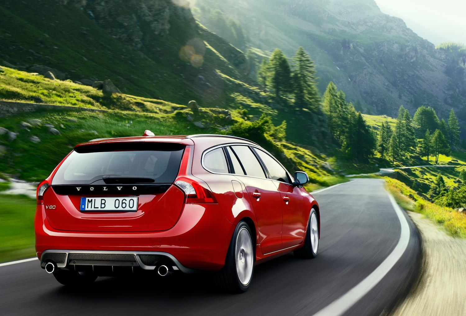 motor mania buzz volvo v60 pricing announced uk. Black Bedroom Furniture Sets. Home Design Ideas
