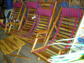 Honduran lounge chairs