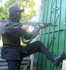 Honduras police drug raid
