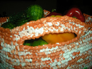 Crocheted plastic bag with edging