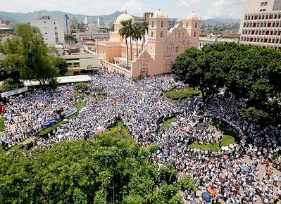 Tegucigalpa, Honduras, anti-zelaya protesters