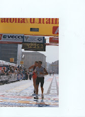 l&#39;arrivo della prima maratona 14 ottobre 2001