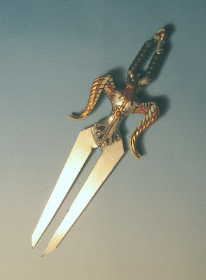 Did real fighters ever use a two-bladed sword? - Quora