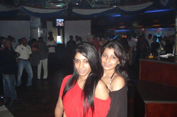 [SriLankan_sexy_Tamil_Actress_Aksha_Sudari16.jpg]