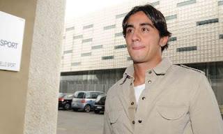 Firma Rimanda Per Alberto Aquilani