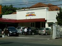 Up town, Jl. Ir. H. Djuanda No. 84 Bandung