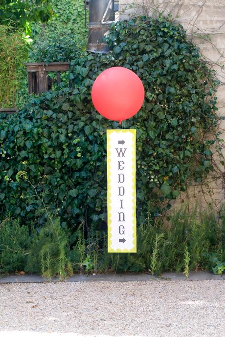 weather balloon diy diy weather balloon signage