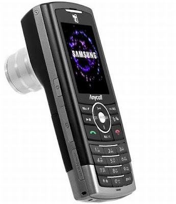 Vista frontal e lateral do B600, celular com câmera de 10 megapixels e zoom de três vezes.