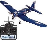Aeromodelo rádio controlado - réplica do Corsair F4U