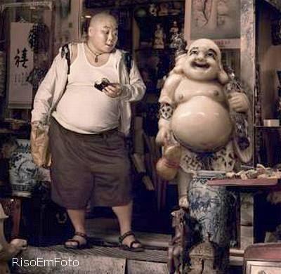 Homem Gordo se assemelha a estátua de Buda