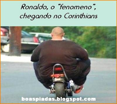 foto de gordo em motocicleta parecido com ronaldo fenomeno