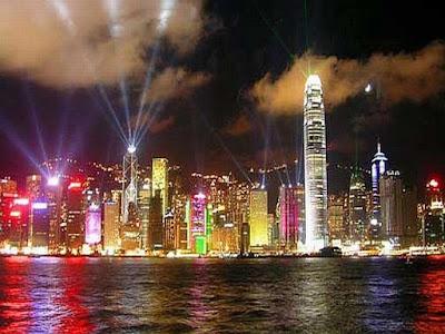 China: Maravilhosa foto de Hong Kong feita da Baia à Noite.