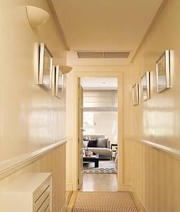 El cuaderno del decorador aprovechar un pasillo - Pasillos con zocalo ...