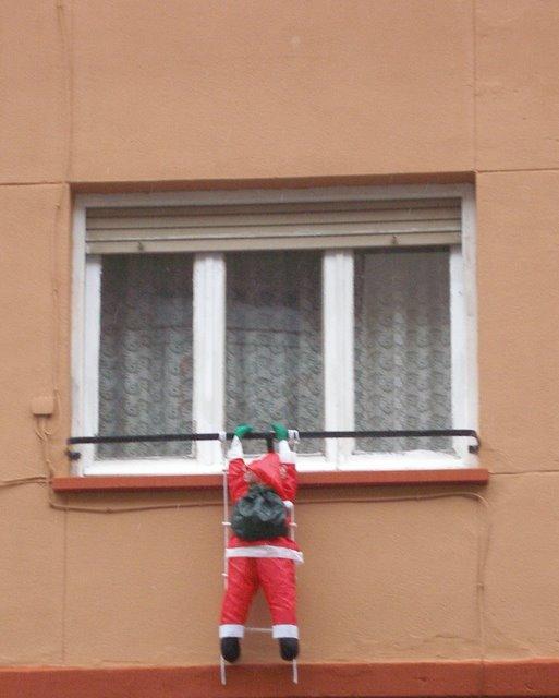 El cuaderno del decorador decoraci n de puertas y for Decoracion de navidad para ventanas y puertas