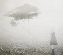 Um dia desenhei balão-nuvem, pelas forças, achei em foto.